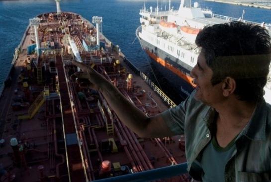 Man at Sea (2011) 04