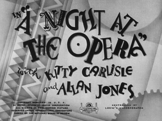 A Night at the Opera (1935) 01