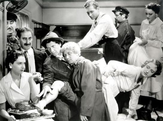 A Night at the Opera (1935) 03