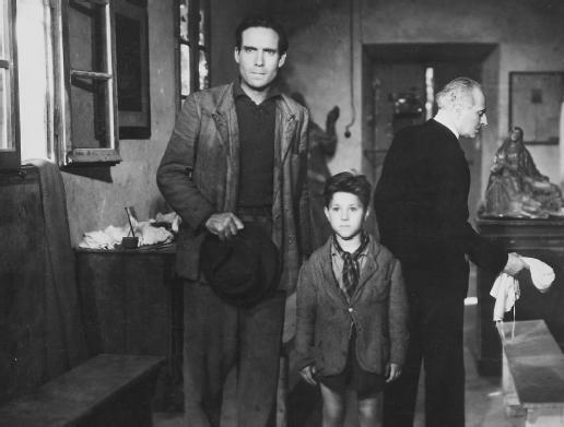 Bicycle Thieves (1948) 02