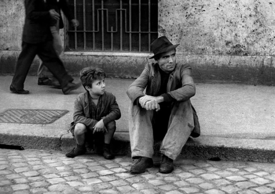 Bicycle Thieves (1948) 05