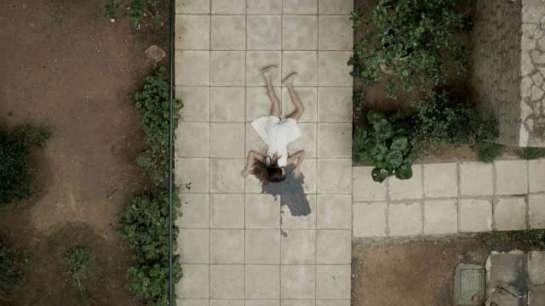 Miss Violence (2013) 08