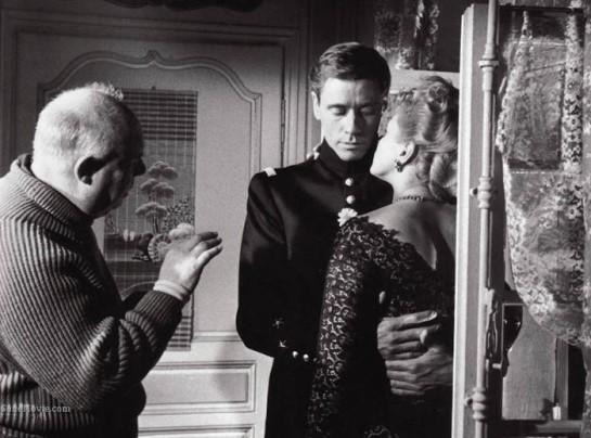 Elena and Her Men (1956) 03