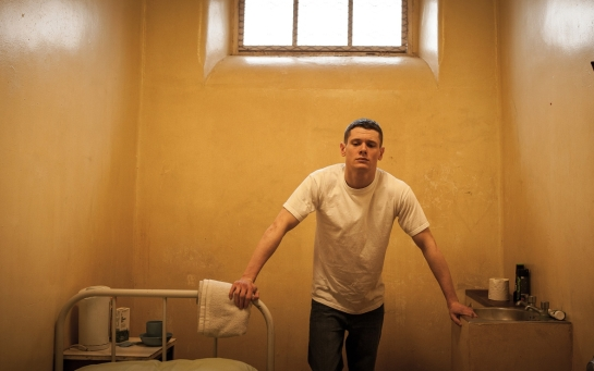 Starred Up (2013) 02