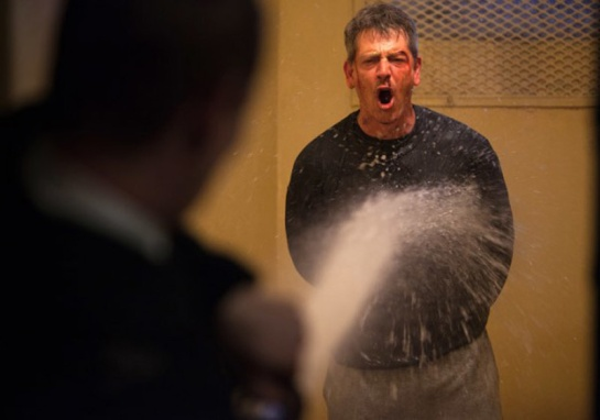 Starred Up (2013) 09