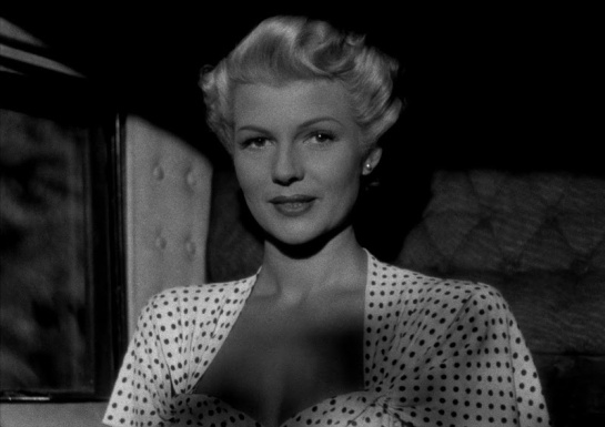 The Lady from Shanghai (1947) 15