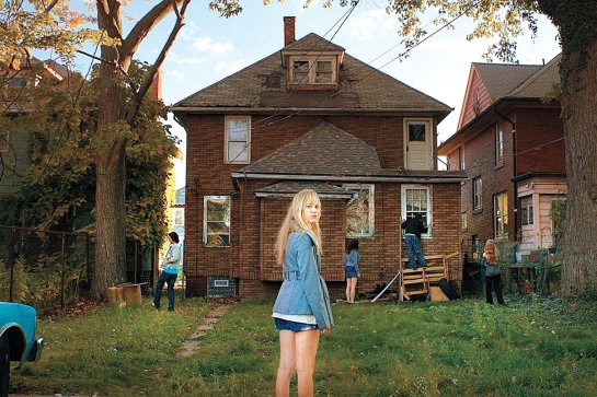 It Follows (2014) 02