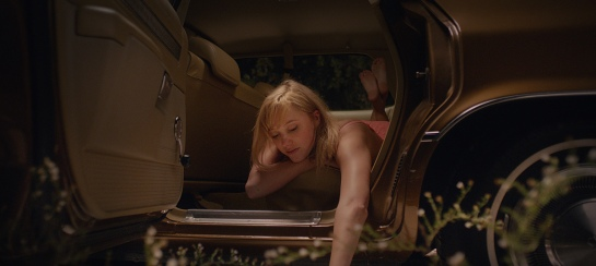 It Follows (2014) 12