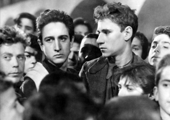 Shoeshine (1946) 07