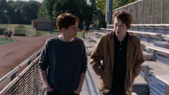 Louder than Bombs (2015) 05