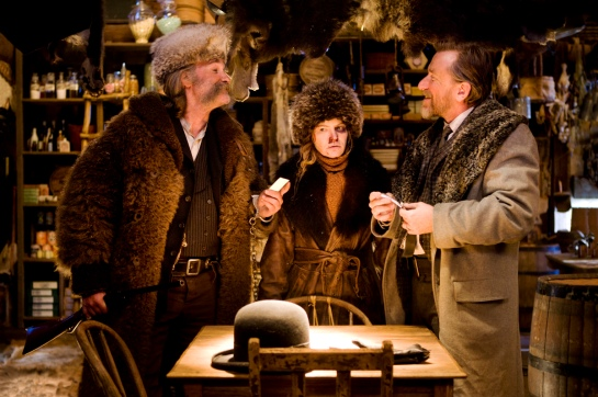 (L-R) KURT RUSSELL, JENNIFER JASON LEIGH and TIM ROTH star in THE HATEFUL EIGHT Photo: Andrew Cooper, SMPSP © 2015 The Weinstein Company. All Rights Reserved.