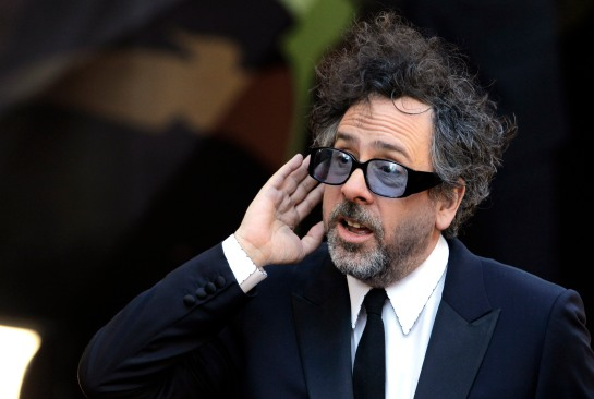 Director and writer Tim Burton arrives before the 83rd Academy Awards on Sunday, Feb. 27, 2011, in the Hollywood section of Los Angeles. (AP Photo/Amy Sancetta)