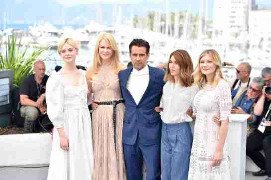 "CANNES, May 24, 2017 (Xinhua) -- Actress Elle Fanning, actress Nicole Kidman, actor Colin Farrell, director Sofia Coppola and actress Kirsten Dunst (from L to R) of the film ""The Beguiled"" pose for a photocall in Cannes, France on May 24, 2017. The film ""The Beguiled"" directed by American director Sofia Coppola will compete for the Palme d'Or on the 70th Cannes Film Festival. (Xinhua/Chen Yichen/IANS) (lrz)"
